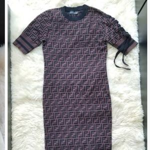 Fending Dress size small
